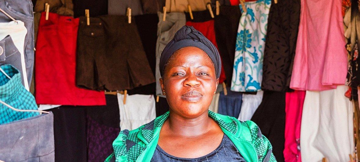 Wafanyabiashara wanawake Tanzania wamesaidia kukuza kiwango cha uchumi lakini bado wanakabiliwa na pengo la usawa.