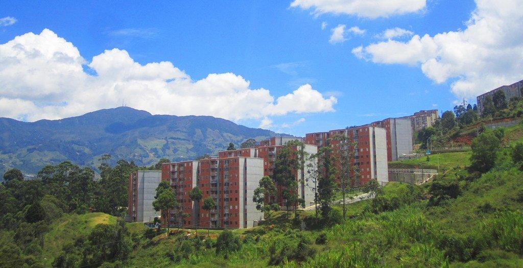 Logements sociaux à Medellín, deuxième ville de Colombie