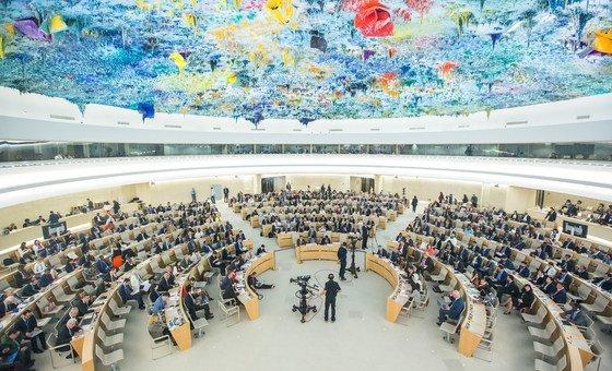 Le Conseil des droits de l'homme des Nations Unies à Genève. Quatre experts nommés par le Conseil ont appelé mercredi les autorités russes à libérer le cinéaste ukrainien Oleg Sentsov