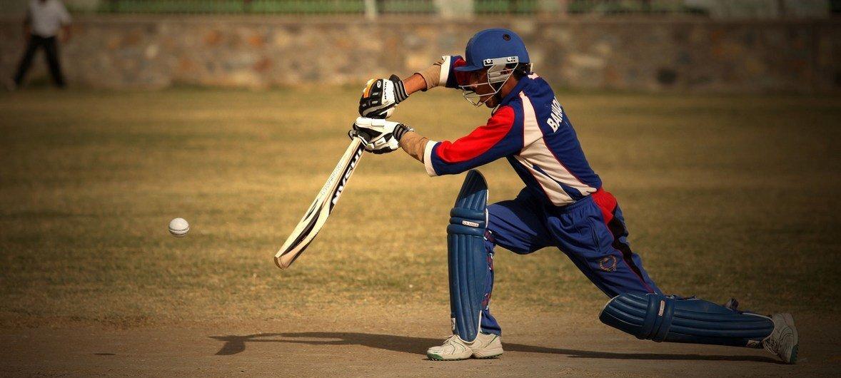 O críquete é um dos desportos mais populares no Afeganistão.