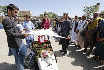 Um dos ataques, a 30 de abril, matou 8 jornalistas, incluindo o afegão Sabawoon Kakar.