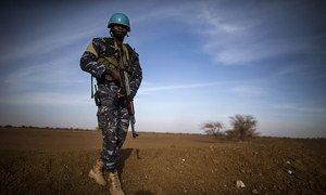 Mlinda amani wa UN kutoka Togo akiwa doriani.