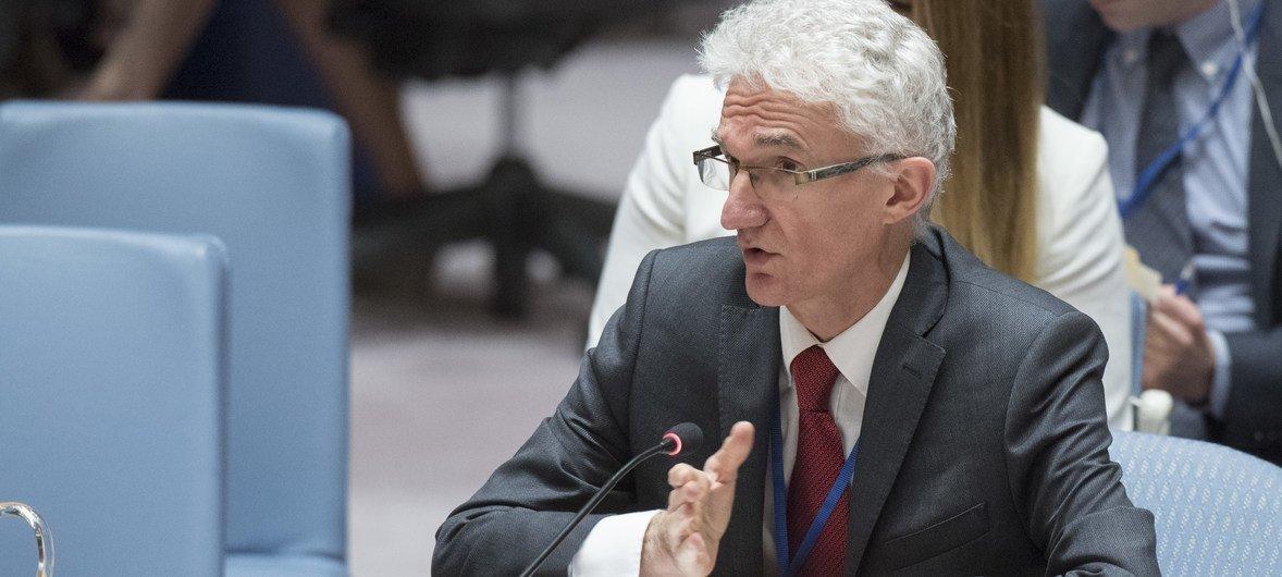 Mark Lowcock, Secrétaire général adjoint aux affaires humanitaires et Coordonnateur des secours d'urgence, informe le Conseil de sécurité sur la situation en Syrie.