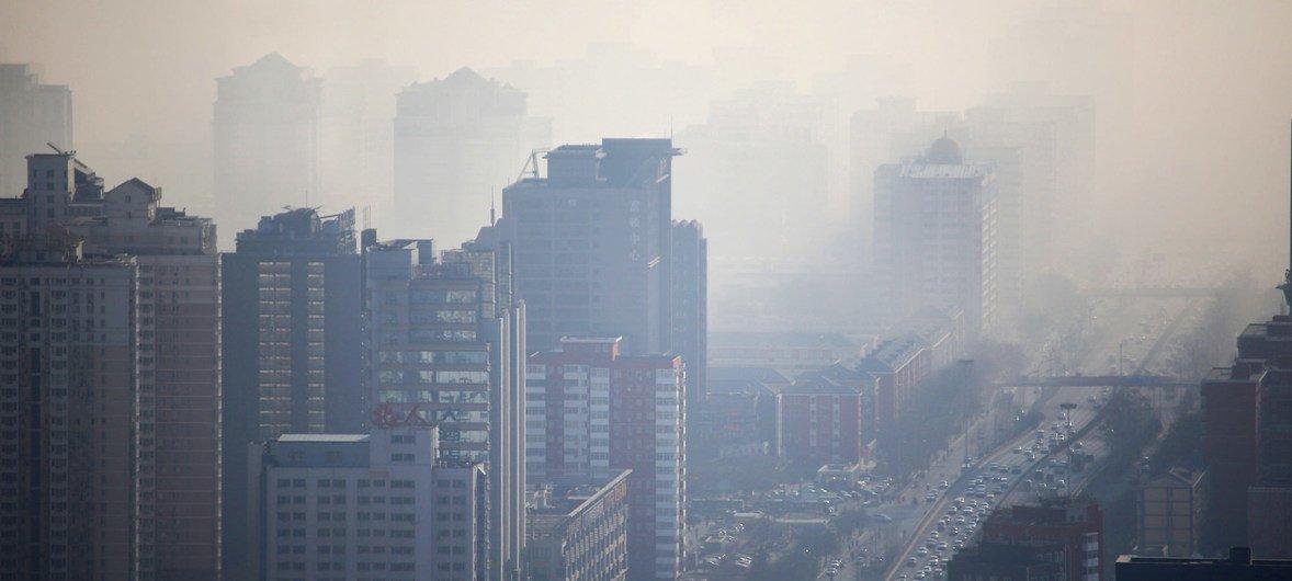 Neblina tóxica en la ciudad de Beijing, en China.