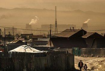 A Ulaanbaatar, en Mongolie, les niveaux de pollution atmosphérique sont élevés.