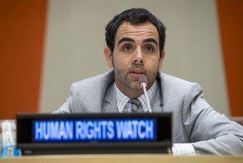 Picha ya maktaba ikimwonesha Omar Shakir wa Human Rights Watch akizungumza mnano tarehe 18 Oktoba 2016 katika Makao Makuu ya Umoja wa Mataifa, New York, Marekani