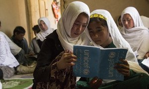 In Afghanistan, UNICEF focuses on the enrolment and retention of the most vulnerable children, specifically those who are out of school, and girls.