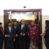 افتتحت نائبة الأمين العام للأمم المتحدة أمينة محمد (يمين) وفاروك أوزلو (وسط) وزير العلوم والصناعة والتكنولوجيا في تركيا بنك التكنولوجيا.