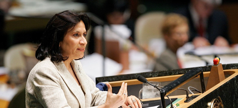 Председатель 61-й сессии Генеральной Ассамблеи ООН  Хайя Рашед Аль Халифа из Бахрейна.