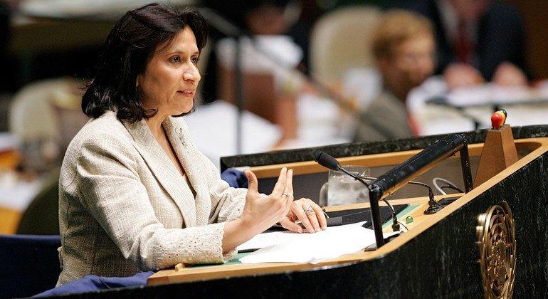 来自巴林的哈亚 •拉希德 •阿勒哈利法在2006年当选联合国大会第61届会议主席,成为历史上的第三位女性联大主席。