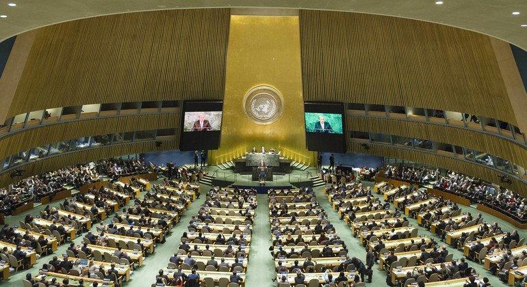 所有193个联合国会员国在联合国大会都具有平等的代表权,他们就一系列范围广泛的问题一道开展工作。每年的9月,世界领导人聚在一起参加一年一度的一般性辩论。