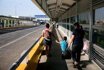 Fronteira entre Reynosa, México, e McAllen, Texas