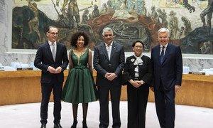 Chefs de la diplomatie des 5 nouveaux membres du Conseil de sécurité. Heiko Mass (Allemagne), Lindiwe Nonceba Sisulu (Afrique du Sud), Miguel Vargas Maldonado (République dominicaine), Retno Lestari Priansari Marsudi (Indonésie), Didier Reynders (Belgique).