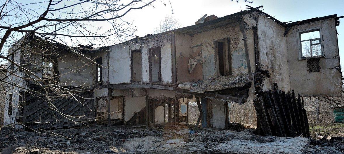 Деревня в Луганской области