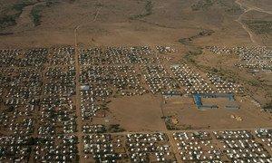 Pichani ya mtazamo kutoka angani inaonyesha sehemu ya makazi kwenye kambi ya wakimbizi ya Kakuma nchini Kenya