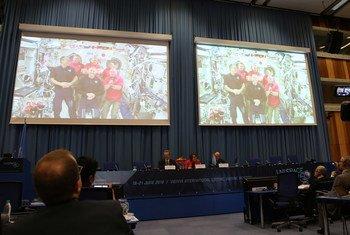 Шесть членов экипажа Международной космической станции (МКС)