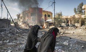 伊拉克摩苏尔,一名自杀式恐怖袭击者引爆了一枚汽车炸弹。