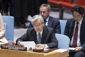 秘书长阿富汗问题特别代表兼联合国阿富汗援助团团长山本中通在安理会就阿富汗问题进行情况通报。