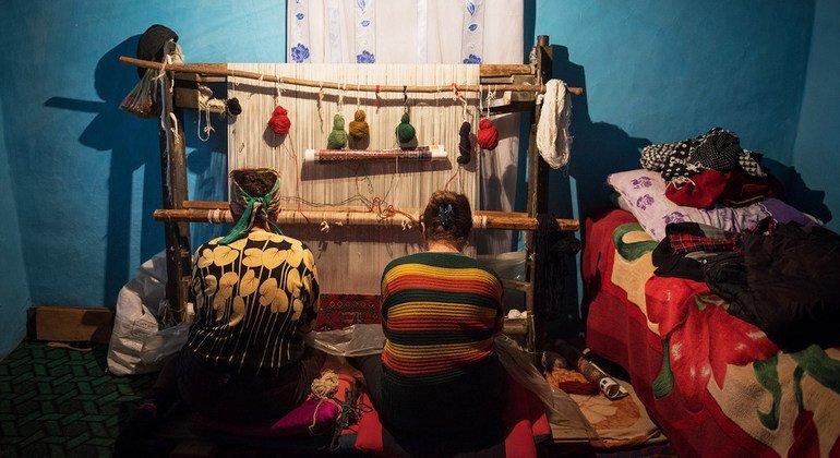 FROM THE FIELD: Weaving profits in Azerbaijan