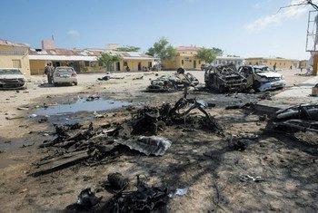 Magari  yaliyoharibika kufuatia mashambulio mawili ya kujilipua yaliyofanywa na Al Shabaab nchini Somalia na kusababisha vifo vya makumi kadhaa ya watu.