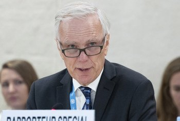 Philip Alston, Special Rapporteur on extreme poverty and human rights, present his report to the 38th Regular Session of the Human Rights Council, 22 June 2018.