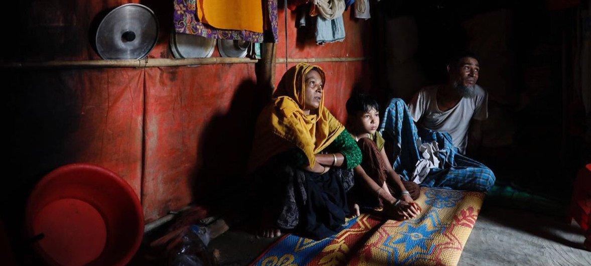 孟加拉国考克斯巴扎难民营中的罗兴亚难民。