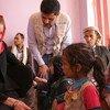 Mkuu wa UNICEF Henrietta H. Fore akiwa katika wadi ya watoto mjini Sana'a Yemen