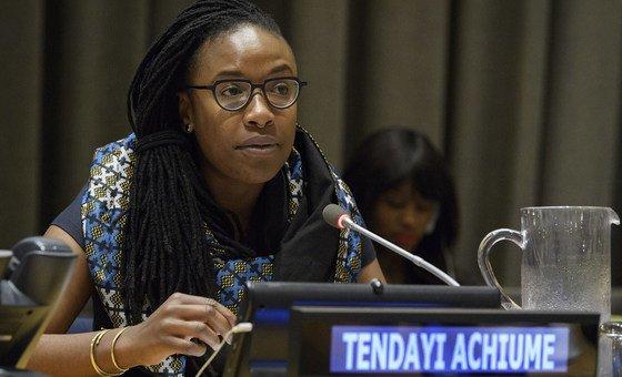 E. Tendayi Achiume, la Rapporteure spéciale sur les formes contemporaines de racisme, de discrimination raciale, de xénophobie et de l'intolérance qui y est associée.