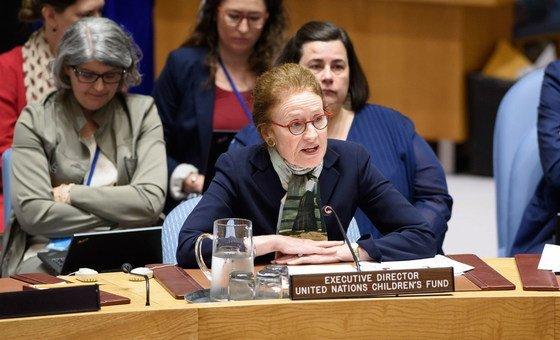 A diretora-executiva do Unicef, Henrietta Fore, pediu aos governos e às empresas que ajudem a manter as crianças seguras na internet aumentando as ferramentas de proteção.