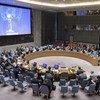 Ghassan Salamé (à l'écran), le Représentant spécial du Secrétaire général et chef de la Mission d'appui des Nations Unies en Libye (MANUL), s'adresse au Conseil de sécurité, sur la situation en Libye. (archive)
