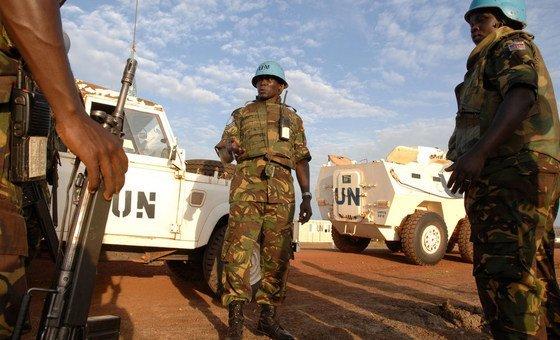 Tropas da Unmiss em Abyei, uma área disputada por Sudão e Sudão do Sul.
