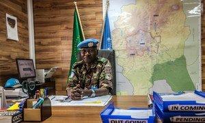 Mwezi Agosti 2017, Luteni Jenerali Leonard Muriuki Ngondi wa Kenya aliteuliwa kuwa kamanda wa kikosi cha pamoja na Muungano wa Afrika na Umoja wa Mataifa cha kulinda Amani Darfur (UNAMID).