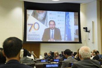 Le Haut-Commissaire aux droits de l'homme, Zeid Ra'ad Al Hussein, informe le Comité pour l'exercice des droits inaliénables du peuple palestinien, réuni à New York, par vidéoconférence, de Genève, le 23 juillet 2018.