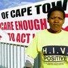 Gloria, que es VIH positiva hace parte de la comunidad de Khayelitsha y colabora con una campaña de concienciación.