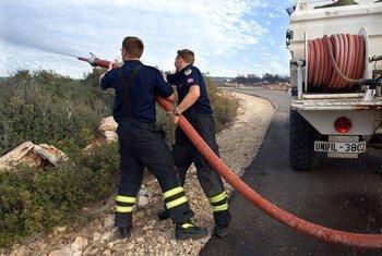 Se ha señalado la necesidad de invertir en la respuesta y la preparación ante los desastres como los incendios forestales.