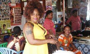 Ususi wa nywele nao ni sehemu ya biashara kwenye soko la Yambio jimboni Gbdue nchini Sudan Kusini