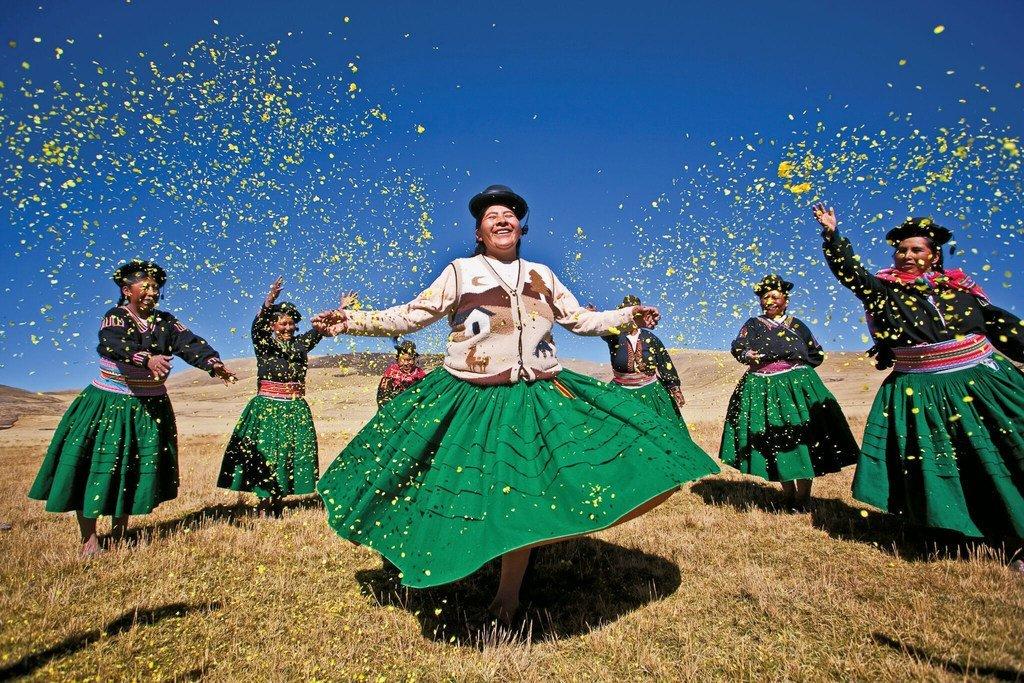 Celebración en honor de la Tierra en los Andes peruanos.