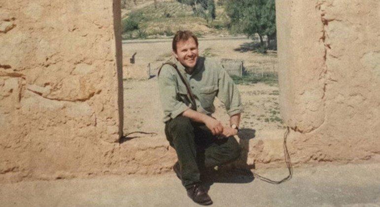 Darko Mocibob pictured in Karbala Province, Iraq, in 1997.