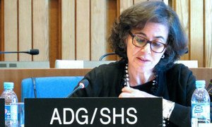 Nada Al-Nashif, Assistant Director-General for Social and Human Sciences of UNESCO, discusses national initiatives for the safety of journalists at a meeting at UNESCO Headquarters in Paris (December 2018).