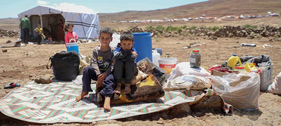 叙利亚伊德利卜和阿勒颇等地不断升级的冲突致使75万平民的生命受到威胁,其中近半数是儿童。