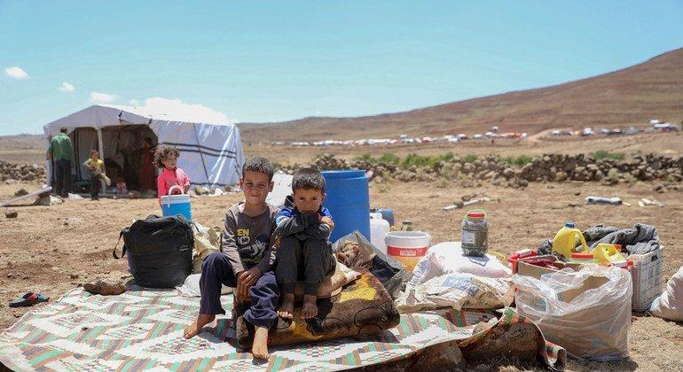 Niños que han huido d ela violencia en Deraa, Siria.