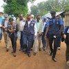 Le Directeur général de l'OMS, Tedros Adhanom Ghebreyesus (au centre), le Dr Matshidiso Moeti (à gauche), directrice régionale de l'OMS pour l'Afrique et Adam Salami, de la MONUSCO évaluent la reponse à Ebola, au Nord-Kivu, en RDC, le 11 août dernier.