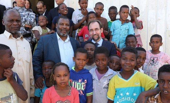 المفوض السامي لحقوق الإنسان زيد رعد الحسين أثناء زيارة رسمية لليبيا. طرابلس 10 أكتوبر/تشرين الأول 2017.
