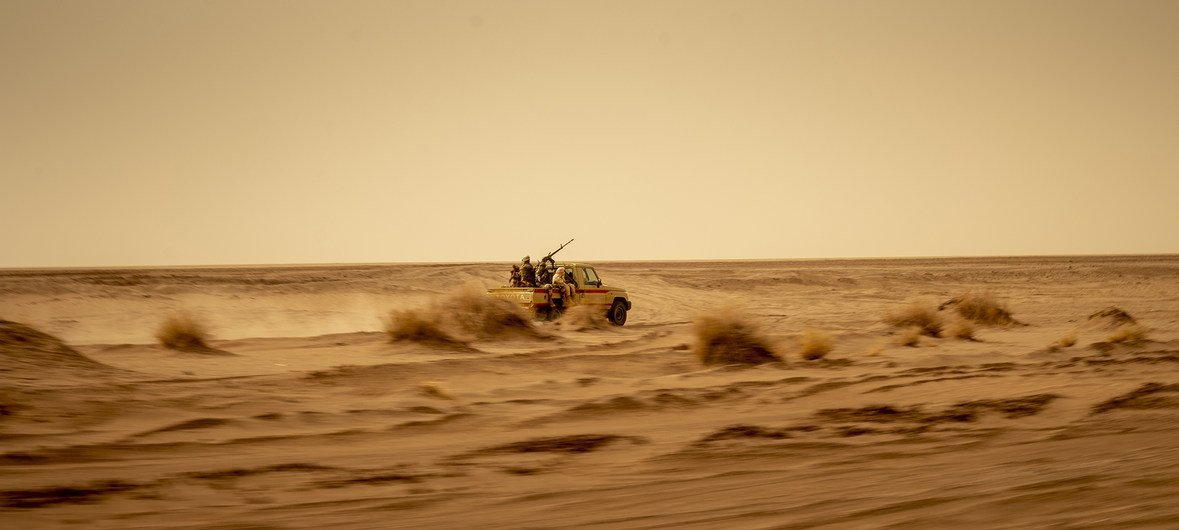 The Nigerien army patrols the Sahara desert targetting  militant groups including ISIL and Boko Haram.