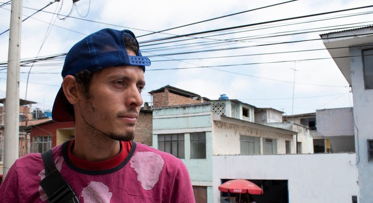 Eduardo Enrique Godoy salió de Valencia, Venezuela, junto a varios familiares. Tras cruzar Colombia y Ecuador ha conseguido llegar a Tumbes, Perú, donde ha recibido ayuda de la OIM