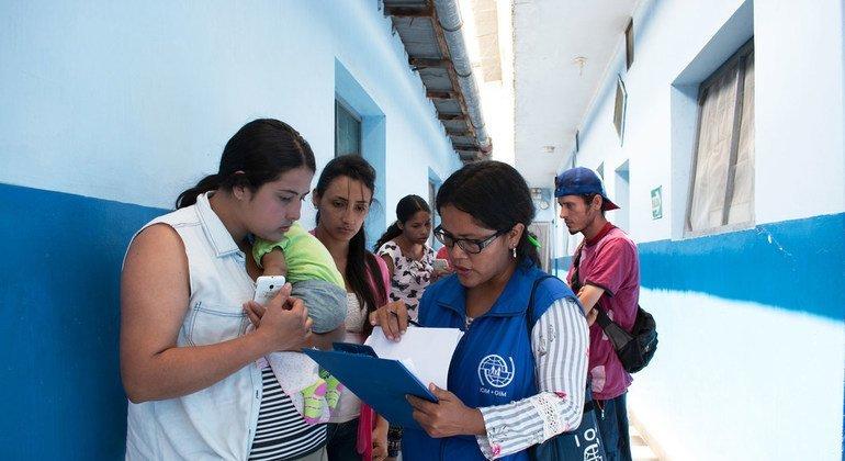 La OIM asiste a los venezolanos que han llegado a Tumbes, en Perú.