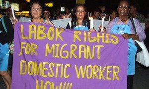 Trabajadoras domésticas participan en una manifestación para mejorar los derechos laborales.
