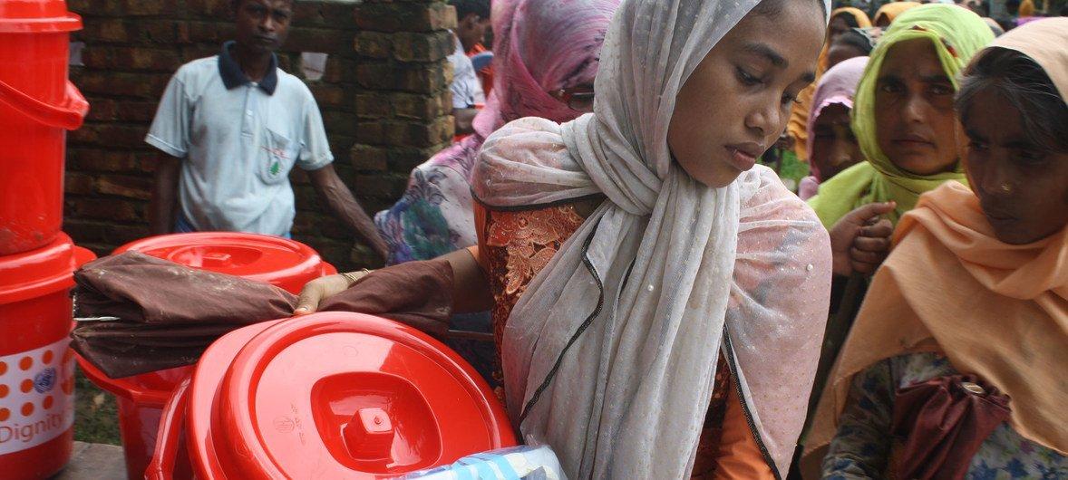 自一年前缅甸暴力事件引发大批罗兴亚人逃往孟加拉国以来,联合国人口基金便一直在为妇女和女童提供人道援助。