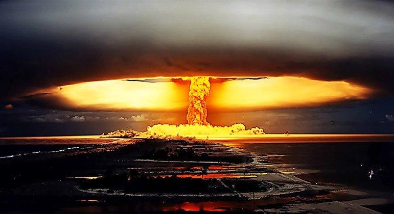В 1971 году Франция провела ядерное испытание на  одном из островов Французской Полинезии