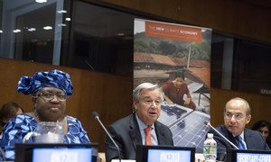 l to r: Ngozi Okonjo-Iweala, Co-Chair of the Global Commission on the Economy and Climate; Secretary General António Guterres; and Felipe Calderón Hinojosa, Honorary Chair of the Global Commission on the Economy and Climate, at the 2018 Global Commission Report Launch at United Nations Headquarters in New York, on 05 September 2018.